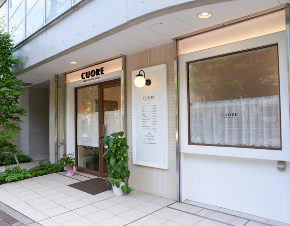 CUORE HAIR&ESTHETIC SALON(クオーレ)